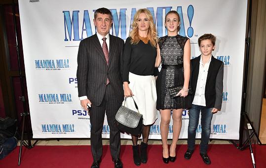Andrej Babiš s Monikou a dětmi