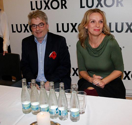 Křest moderoval starší syn spisovatelky, kmotrou byla herečka Ivana Chýlková.