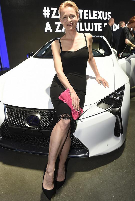 Martina Šmuková je jako modelka stále žádaná.