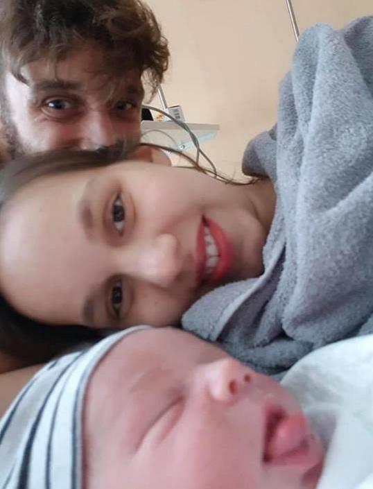 Malého Jonáše má Míša s manželem Romanem Tomešem.