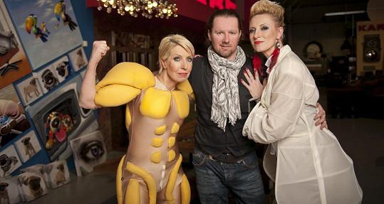 S kostýmním výtvarníkem Romanem Šolcem...