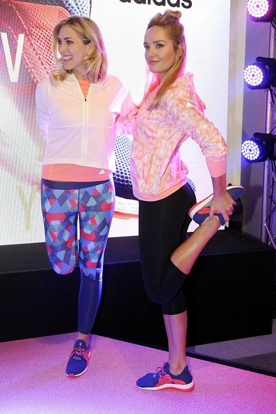 Zorka Hejdová a Taťána Kuchařová představily nové běžecké boty určené výhradně pro ženy.