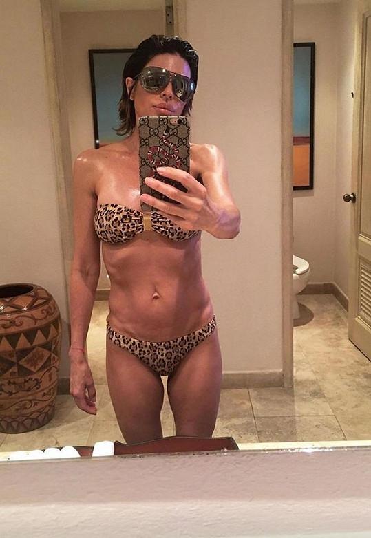 53letá Lisa Rinna na aktuální fotce - holky měly po kom dědit...