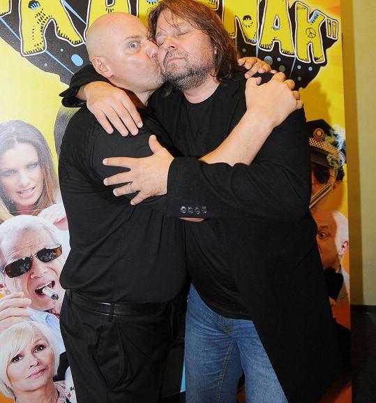 Pomeje se na premiéře usmířil s producentem Pavlem Páskem.
