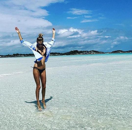 Michaela Kociánová si užívá na dovolené na Bahamách.