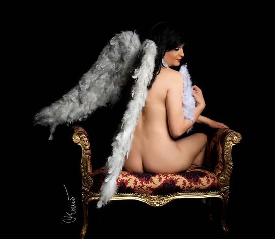 Naděžda se po dietě před fotografem nahá nestyděla.