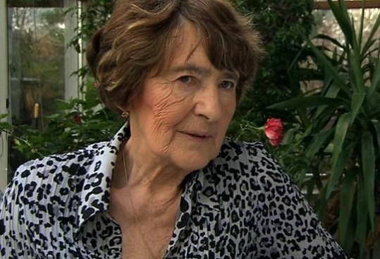 Sestra Heleny Vondráčkové Zdena.
