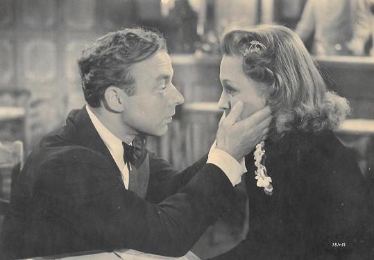 Po válce účinkování v tomto filmu Mandlové hodně přitížilo.
