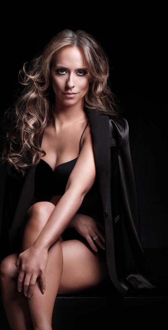 Jennifer ve svém posledním seriálovém počinu Laskavý dotek z roku 2012.