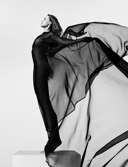 Snímky vytvořil přední módní fotograf Matúš Tóth.