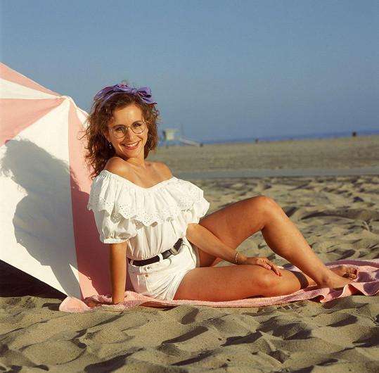 Takhle vypadala v první sezóně seriálu v roce 1990. Bylo jí už 29 let, ale hrála studentku střední školy.