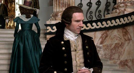 Ve Vévodkyni (2008) ztvárnil manžela Keiry Knightley.