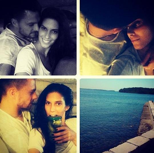 Aneta Vignerová fotku s novým partnerem už dala na sociální síť.