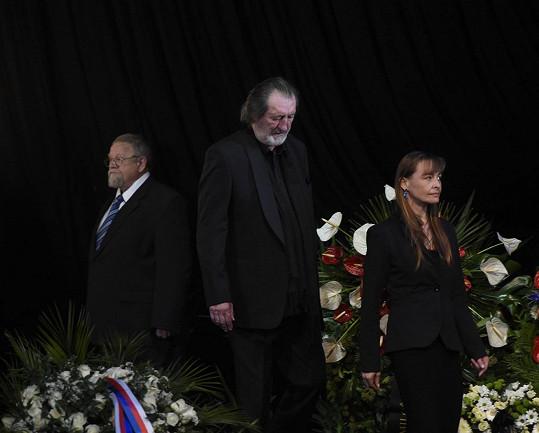 I Bolek Polívka držel čestnou stráž.