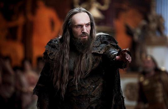 Ralph Fiennes jako Hádes v Souboji Titánů (2010)
