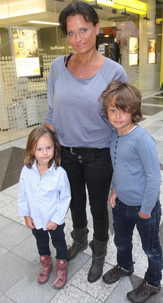 Jana Adamcová vyrazila s dětmi podpořit dobrou věc.