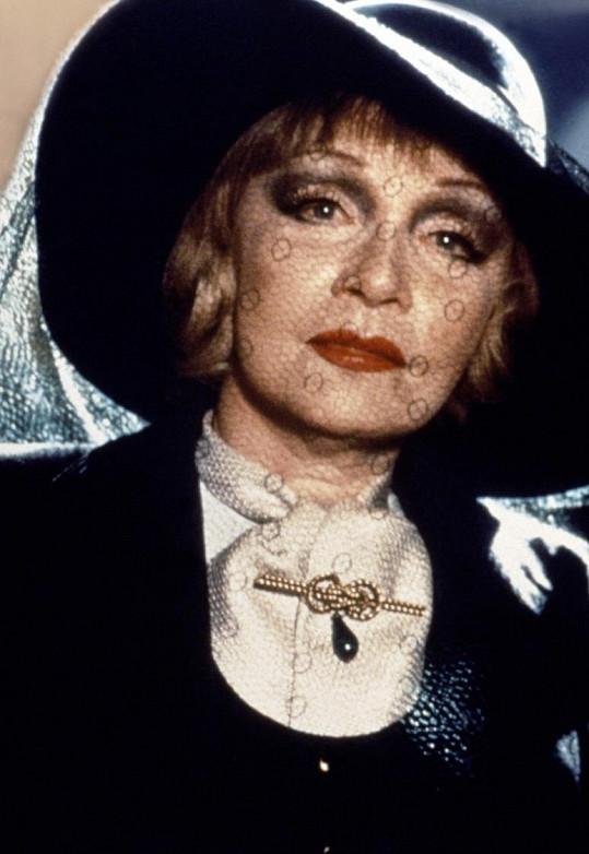 Marlene Dietrich ve svém posledním filmu Malý gigolo, ubohý gigolo (1979)
