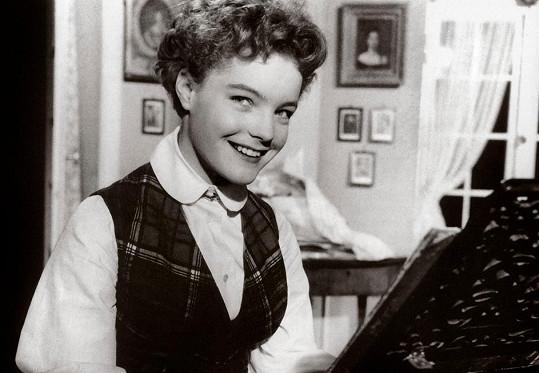 Romy Schneider a její debut ve filmu Šeříky až bílé začnou kvést (1953).
