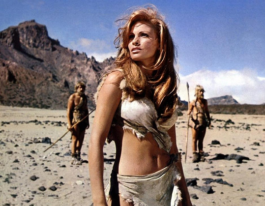 Raquel Welch a její kultovní kostým z filmu Milion let před Kristem (1966)