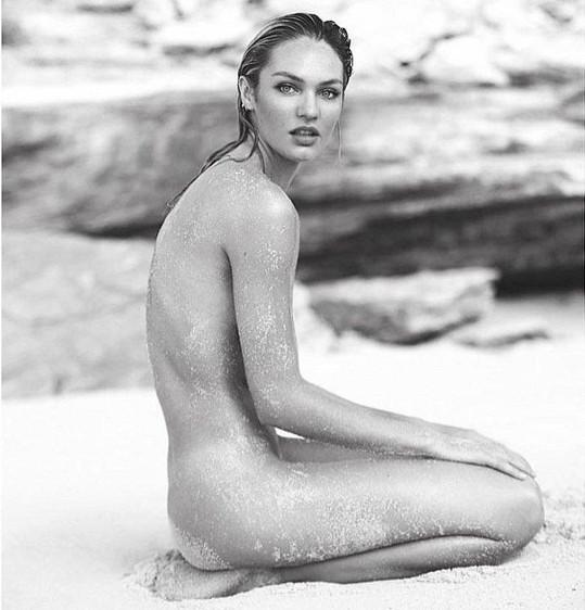 Candice Swanepoel se ukázala nahá.