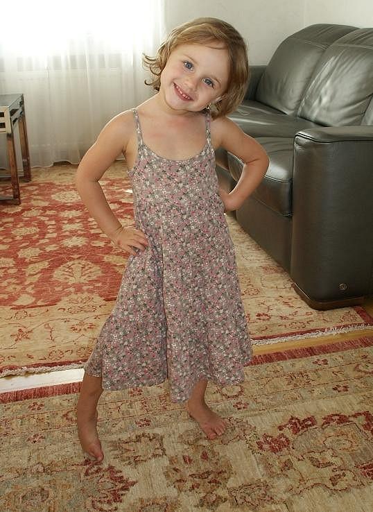 Malá Jasmínka je kouzelná slečna.