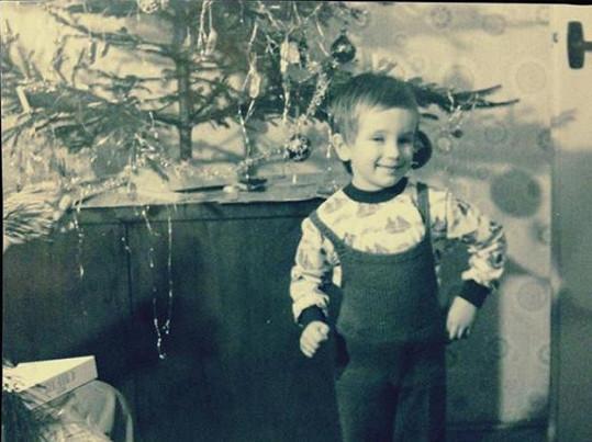 Na Vánoce se v dětství moc těšil.