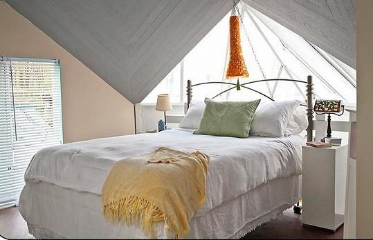 MacGyverův hausbót nabízí komfortní bydlení.