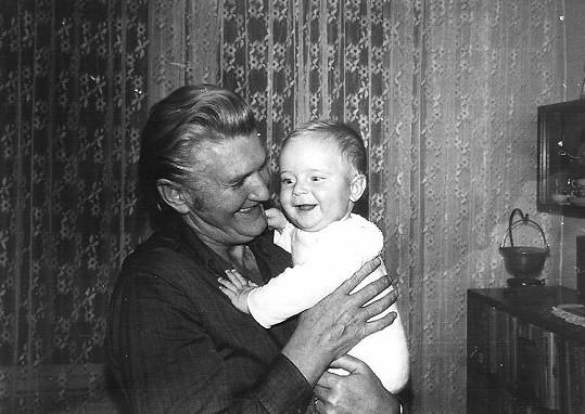 Marek Němec se svým oblíbeným dědečkem Mílou