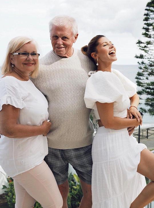 S maminkou Miladou a slavným tatínkem Ladislavem Kerndlem.