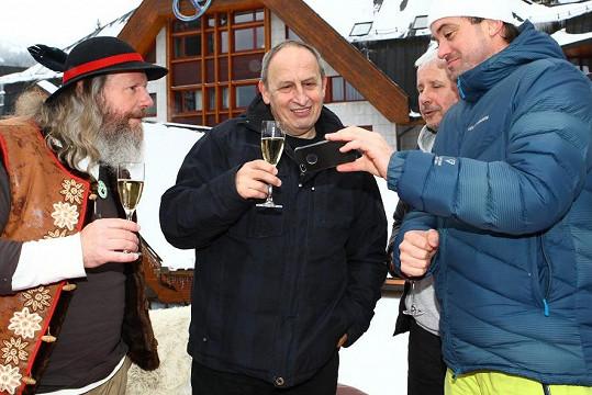 Jan Kraus si v Jasné připil i s vládcem hor Tatrancem.