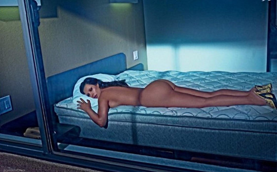 Kim pochopitelně ukázala svůj největší trumf.