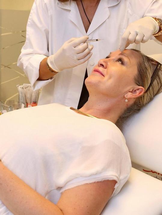 Bára Basiková chodí pravidelně na botox.