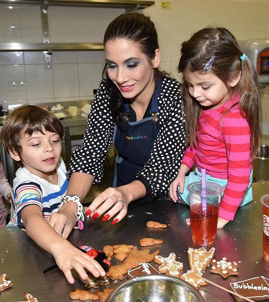 Eva Decastelo s dětmi