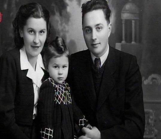 Emílie Vášáryová s rodiči.