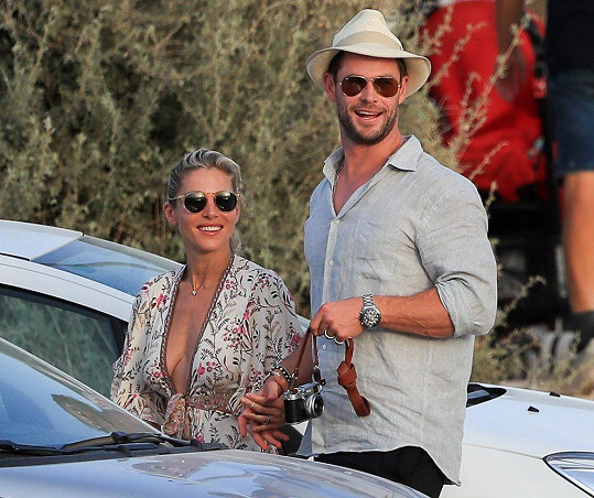 S manželem Chrisem Hemsworthem jim to stále klape.