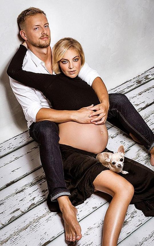 Se snoubencem Reném se na miminko moc těšili.
