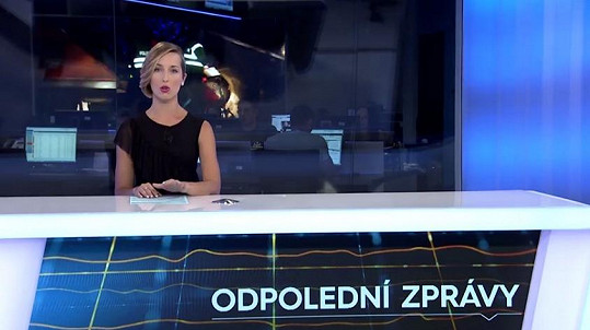 Eliška Čeřovská v novém studiu Odpoledních zpráv