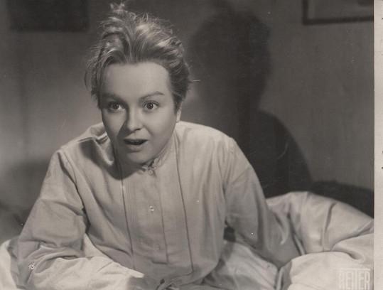 Ve filmu Venoušek a Stázička (1939) si zahrála Ferbasová chlapeckou roli.