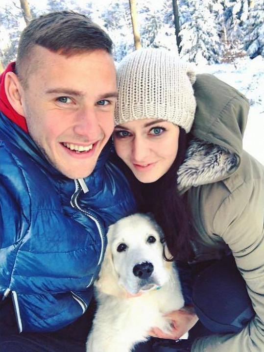 Tereza Chlebovská a Pavel Kadeřábek s pejskem