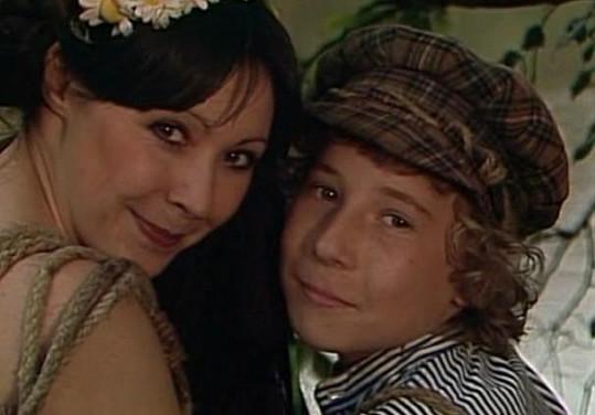 Kamarád Mikiho Filip Menzel býval dětskou hvězdou. Na smínku s Dádou Patrasovou v pohádce Koloběžka první.