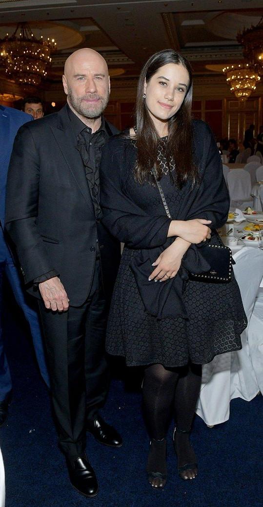 John Travolta s dcerou Ellou Bleu natočil další film, Poison Rose.
