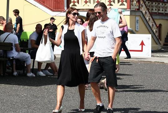 Jiří Langmajer a Adéla Gondíková se objevili na veřejné akci již podruhé.