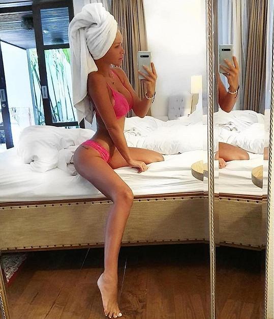 Nela Slováková relaxuje na Bali.