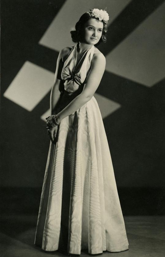 Ani jako dcera slavných rodičů Marta díru do světa filmu neudělala.