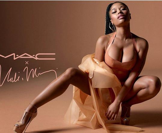 Nicki Minaj v reklamě kosmetické firmy
