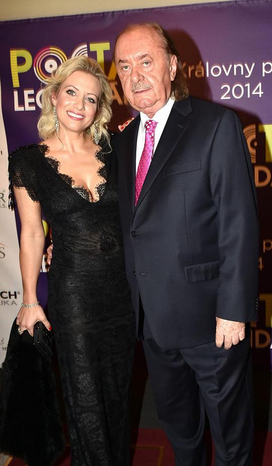 Tereza Mátlová je jeho dlouholetou partnerkou.