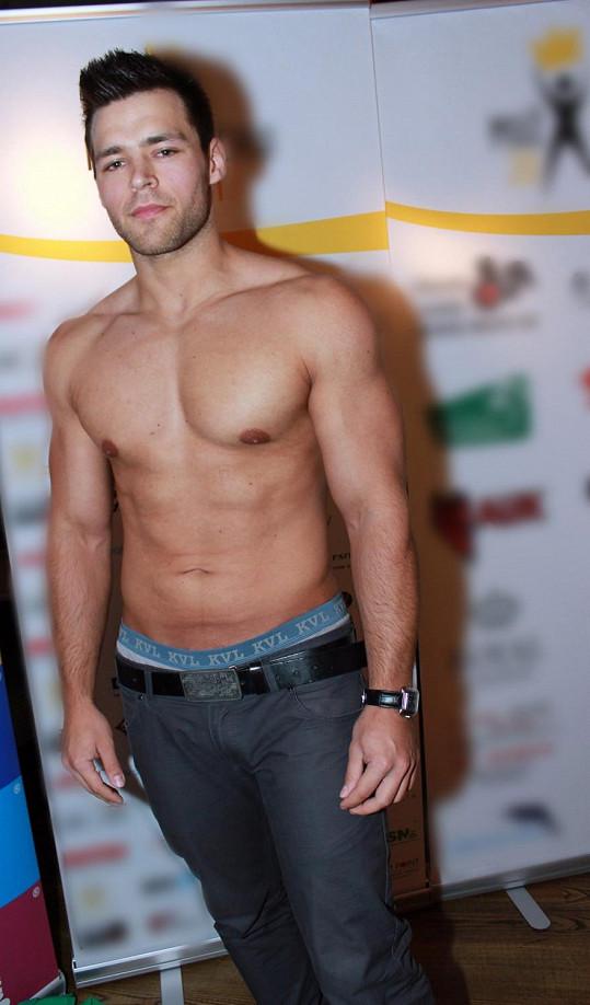 1. Jakub Němeček, fitness trenér, 23 let, Louny, výška 180 cm.