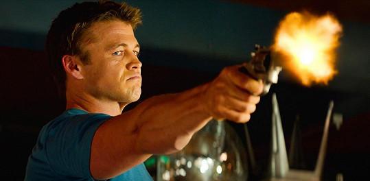 Luke Hemsworth ve filmu Zabij mě třikrát