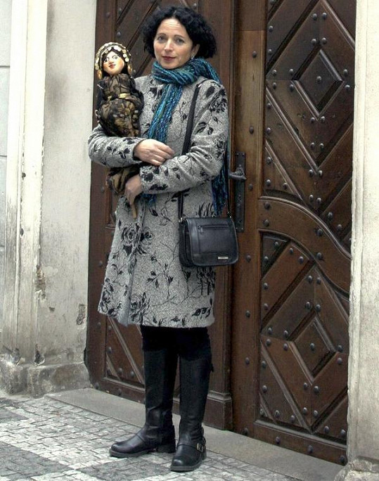 Vida Skalská dělá průvodkyni.