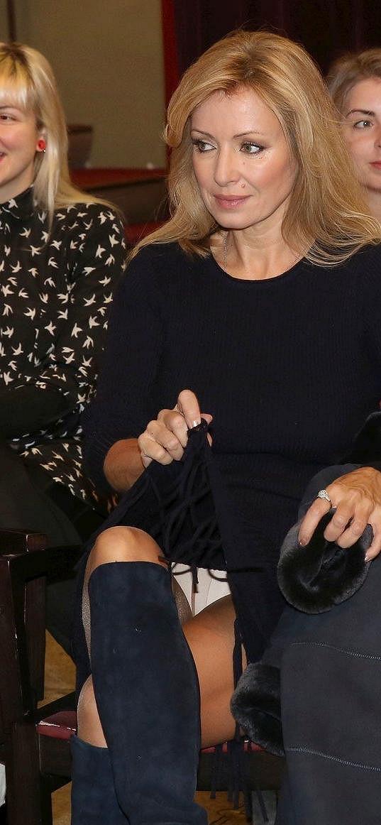 Kateřina Brožová v nestřeženém okamžiku ukázala kalhotky.